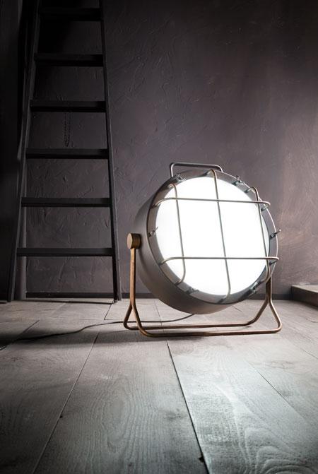 Cantiere lampada da terra design alberto ghirardello for Come leggere i piani del cantiere